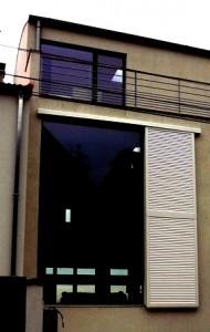 Trous dans façade